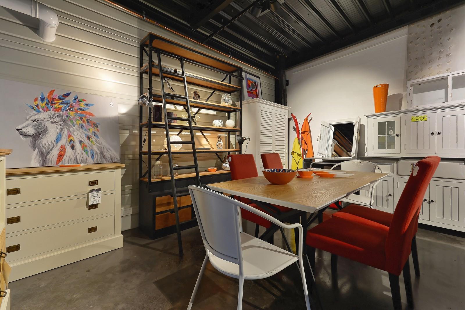 etag res originales galerie alr enne auray la galerie alr enne. Black Bedroom Furniture Sets. Home Design Ideas