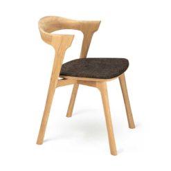 chaise bok en chene vernis brun foncé ethnicraft